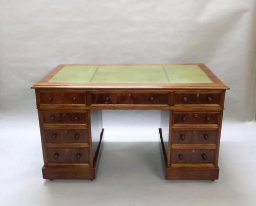 Victorian Figured Mahogany Pedestal Writing Desk (1 of 11)