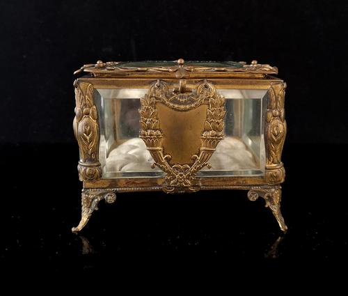 Antique French jewellery casket (1 of 14)