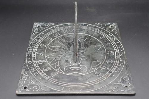 Very Good Bronze Sundial Top Dated 1673 (1 of 3)