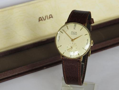 Gents 1960s Avia 10006 wrist watch (1 of 5)
