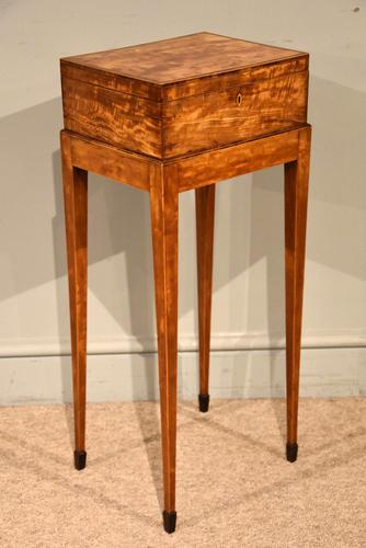 18th Century Satinwood Embroidery / Sewing Box (1 of 7)