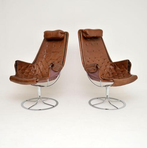 Pair of Vintage Leather Swivel 'Jetson' Armchairs by Bruno Mathsson (1 of 11)