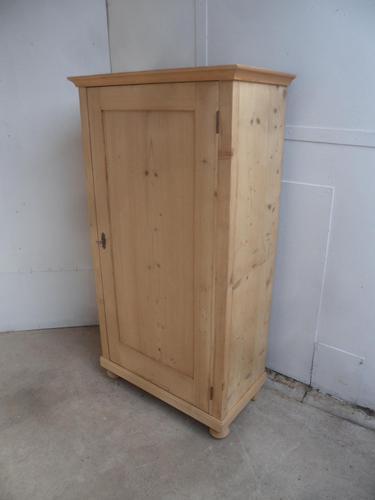 Plain 1 Door Victorian Antique Pine Kitchen / Food Cupboard to wax / paint (1 of 8)