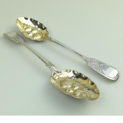 Samuel Smiley : Fine Pair of Heavy 152g Solid Silver Berry Spoons C.1874 (1 of 6)