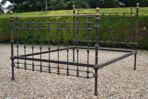 Original Victorian Brass and Iron King Size 5ft Bedstead. Bed Fully Restored in Your Choice of Colour (1 of 15)