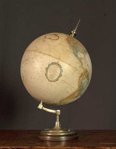 Decorative Early 20th Century Terrestrial Globe Atlas (1 of 20)