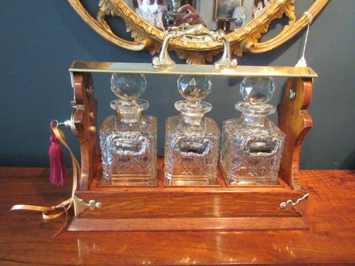 Late Victorian Polished Oak Three Bottle Tantalus (1 of 10)