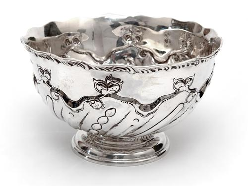 Edwardian Thomas Bradbury & Son Silver Rose Bowl (1 of 3)