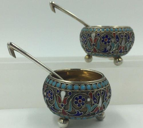 Pair of Imperial Russian Silver Enamelled Cauldron Salts Gustav Klingert 1896 (1 of 10)