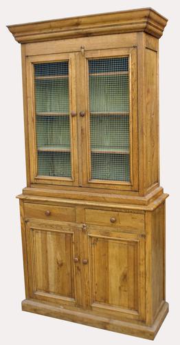 Superb Quality Solid Oak Kitchen Cabinet (1 of 7)