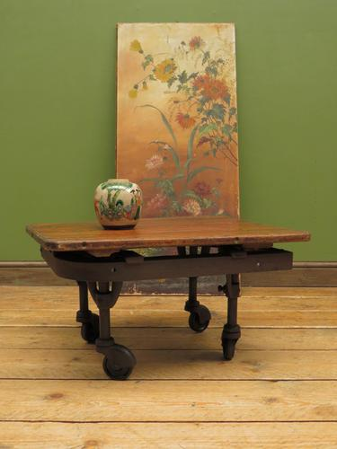 Small Industrial Antique Vono Cart Trolley Coffee Table with Bakelite Castors (1 of 17)