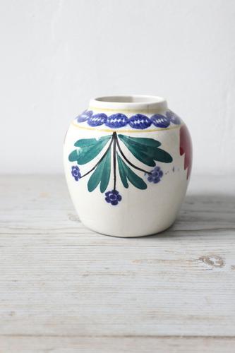 Late 19th / Early 20th  Century Scottish Methvens Pottery, Kirkcaldy, Spongeware Small Vase (1 of 19)