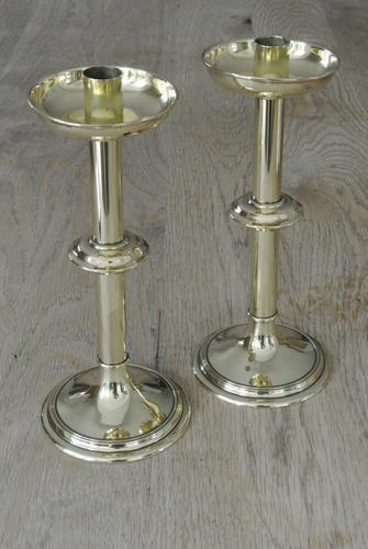 Good Pair of Antique Brass Church Candlesticks Ecclesiastical Candlesticks c.1900 (1 of 6)