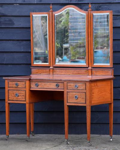 Superb Quality Edwardian Satinwood Dressing Table with Mirrors c.1901 (1 of 14)