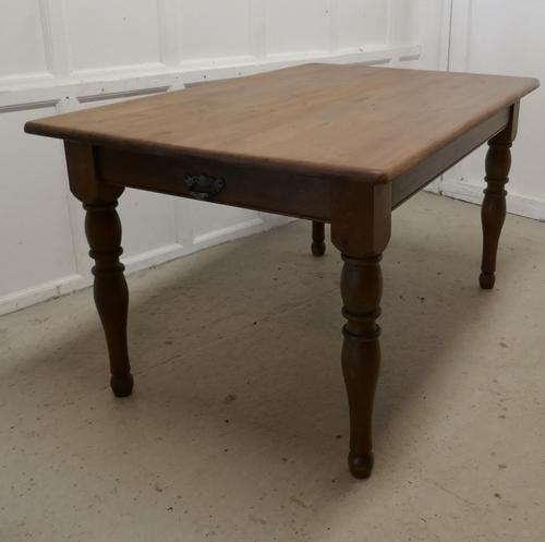 Old Farmhouse Pine Table (1 of 8)