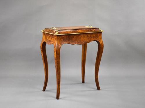 Victorian Burr Walnut Inlaid Jardiniere (1 of 16)