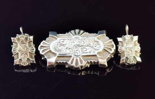 Victorian Silver Demi Parure, Earrings & Brooch (1 of 14)