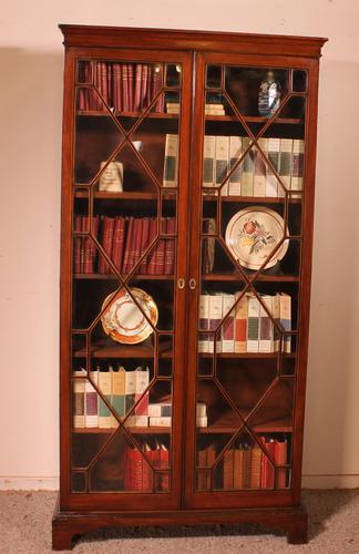 Georgian Glassed Bookcase in Mahogany & Inlays - 18th Century English (1 of 14)
