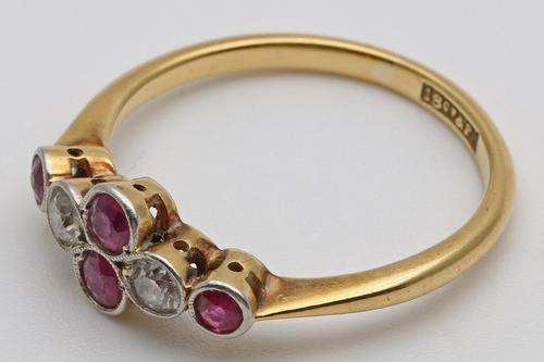 Edwardian gold ring with rubies and diamonds set in platinum (1 of 3)