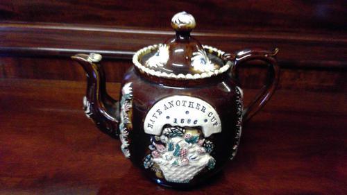 Measham Ware Teapot (1 of 5)