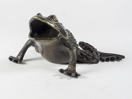 Large Chinese Bronze Money Frog (1 of 4)
