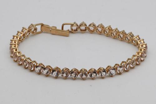 Galileia morganite bracelet in yellow gold (1 of 3)