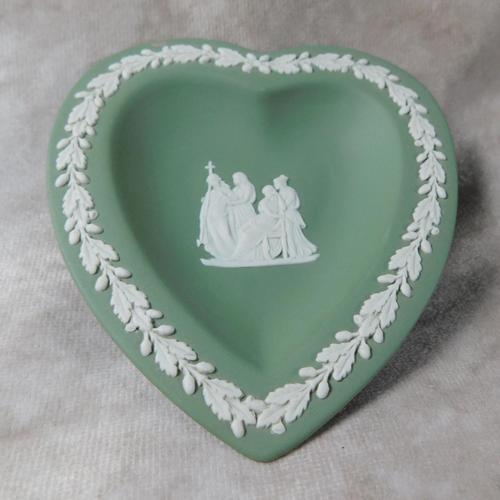 Wedgwood Green Jasperware Heart Shaped Dish (1 of 3)