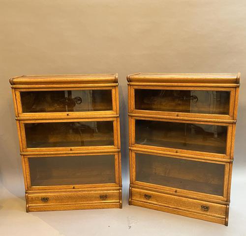 Pair of Globe Wernicke Oak Bookcases (1 of 16)
