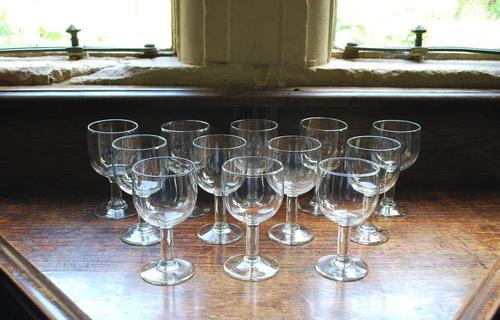 Set of 12 Wine Glasses (1 of 5)