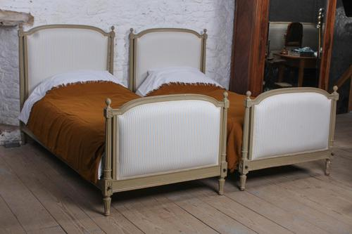 Pretty Pair of Matching French Newly Upholstered Single Beds (1 of 8)
