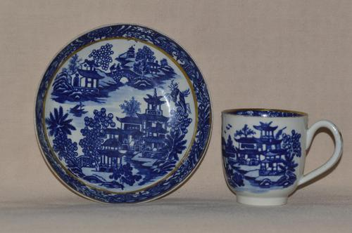 Worcester Porcelain Coffee Cup & Saucer 'Bandstand' Pattern 1780-1790 (1 of 8)