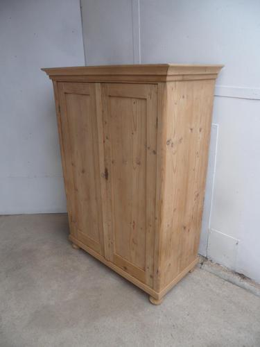 Lovely Victorian Antique Pine 2 Door Kitchen Storage Cupboard to wax / paint (1 of 8)