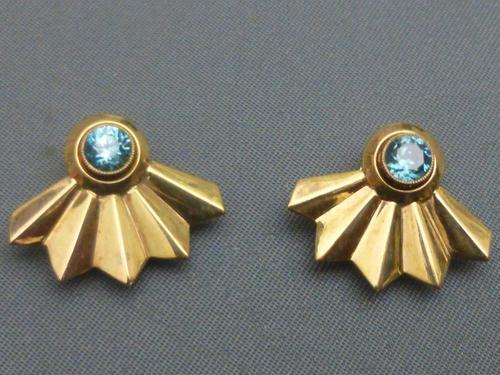 9ct Gold & Blue Zircon Clip Earrings (1 of 6)