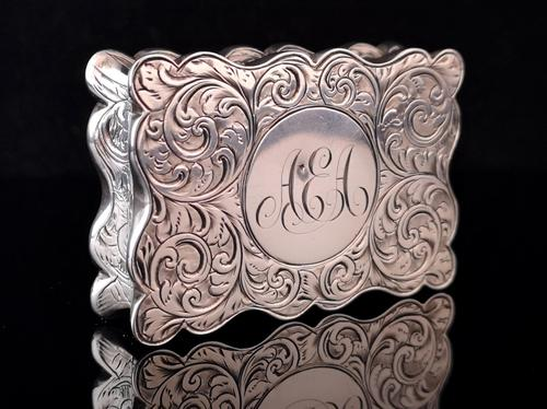 Antique silver snuff box, Deakin and Francis (1 of 12)