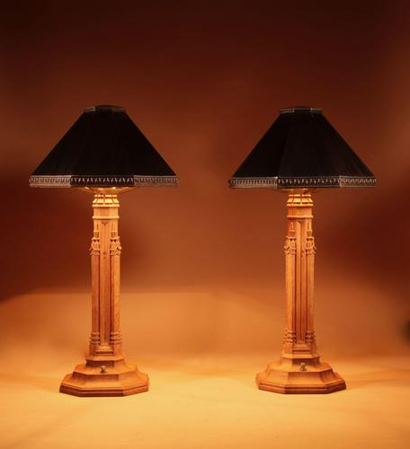 Exceptional Pair of Arts & Craft Oak and Copper Table Lamps (1 of 11)
