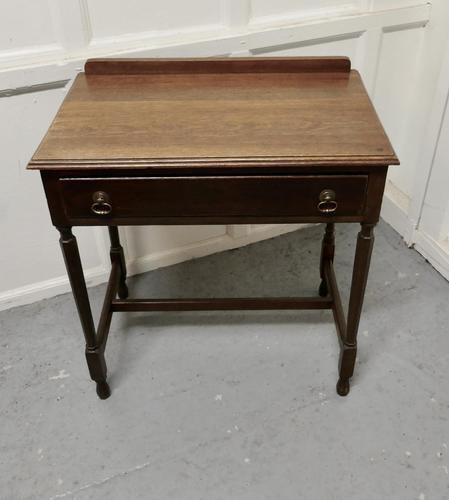 Good 19th Century Oak Writing Table (1 of 4)