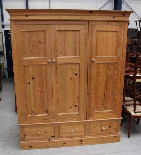1960s Triple Country Pine 3 Door Wardrobe with Base Drawers (1 of 3)