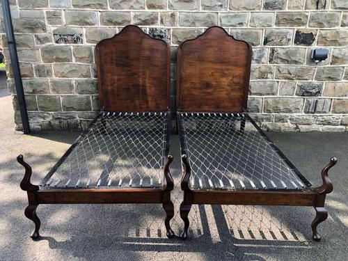 Pair of Antique Mahogany Single Beds (1 of 10)