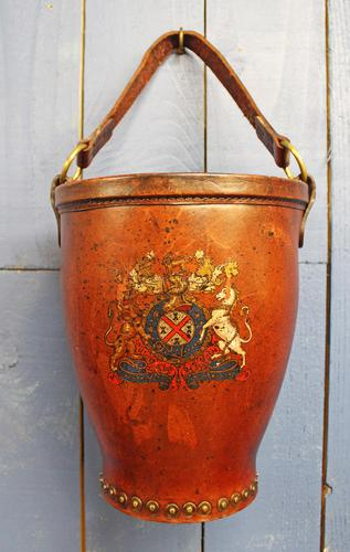 Antique Leather Fire Bucket (1 of 11)