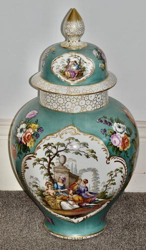 Stunning Very Large Late 19th Century Helena Wolfsohn Dresden Vase + Cover (1 of 11)