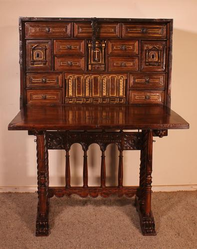 Spanish Renaissance Cabinet Bargueno in Walnut - Early 17th Century (1 of 18)