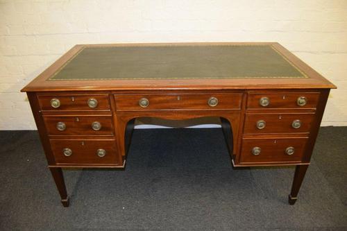 Lovely Antique Mahogany Desk (1 of 9)
