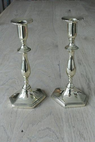 Pair of Quality Georgian Style Brass Candlestick Pearson Page c.1910 (1 of 5)
