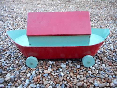 Vintage Wooden Noah's Ark Toy (1 of 8)