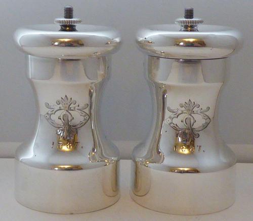 Victorian 1886 Solid Hallmarked Silver Cruet Set Salt & Pepper Grinders Mills (1 of 10)
