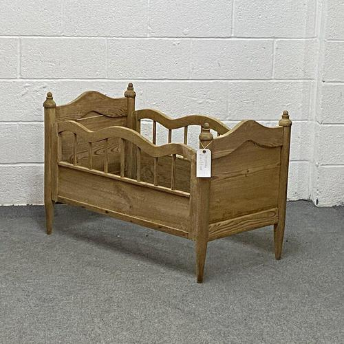 Antique Pine Cot Bed (1 of 4)
