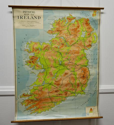 """Large University Chart """"Physical Map of Ireland"""" by Bacon (1 of 4)"""