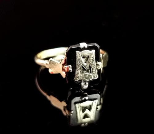 Antique Victorian Mourning Ring, Initial M, Onyx and 9ct Gold (1 of 10)