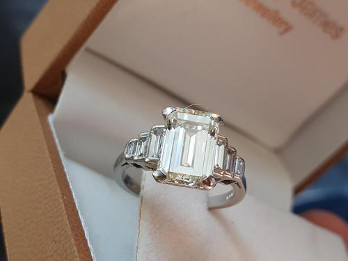 Vintage Deco Design 2.81 Carat Emerald Cut Diamond & Platinum Ring (1 of 10)