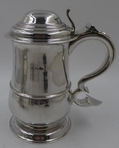 Good Antique George III Silver Lidded Tankard. Newcastle 1760 (1 of 9)